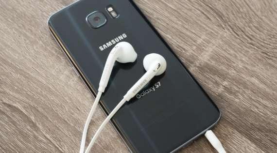Τα ακουστικά του Samsung Galaxy τηλεφώνου μου χάλασαν. Τώρα τι κάνω;